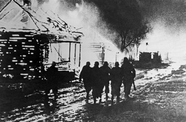На территории Белоруссии фашисты проводили политику выжженной земли