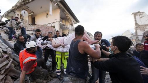 Число жертв землетрясения в Италии возросло до 14 человек