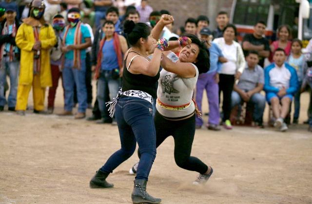 Фестиваль борьбы Таканакуй (Перу)
