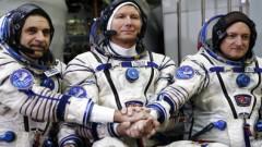 Российские космонавты отдают свою мочу американцам