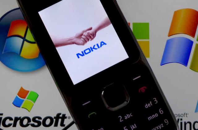 Microsoft начала обновлять старые Lumia доWindows 10