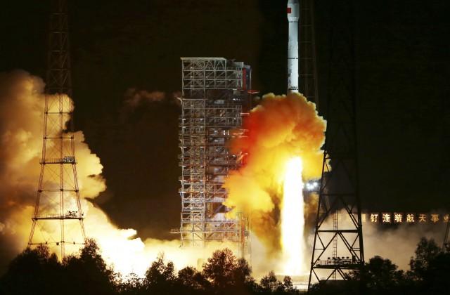 В КНР удачно запустили 1-ый спутник мобильной связи