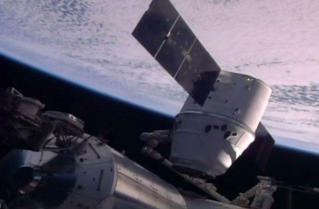 Спустя 22 месяца, ученые NASA восстановили контакт ссолнечной обсерваторией