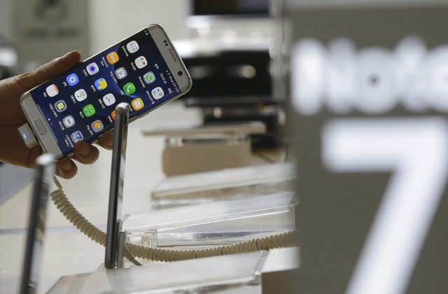 В Самсунг подтвердили: Galaxy Note 7 может загореться