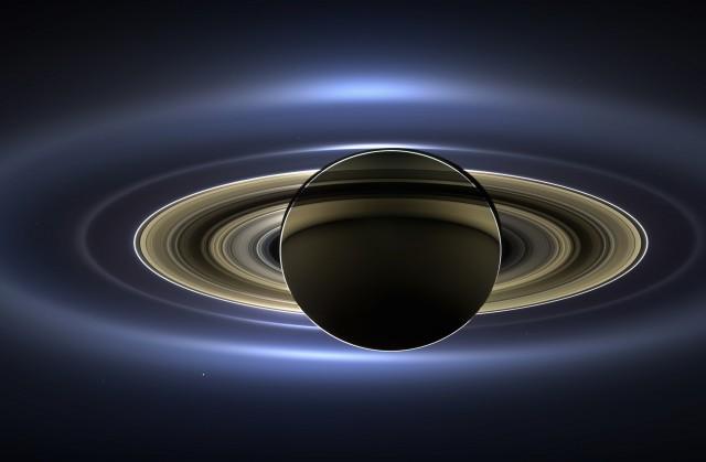 ВNASA назвали Титан следующей целью для колонизации