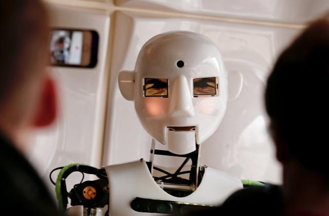 Фабрика вКитайской народной республике заменила 90% персонала роботами— Восстание машин