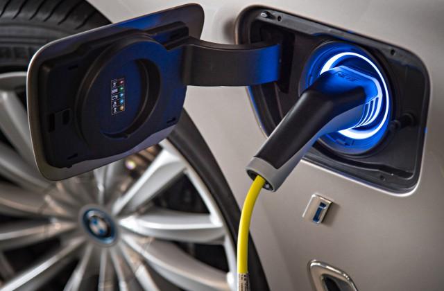 Ученые предсказали полный переход кэлектромобилям уже к 2020-ому