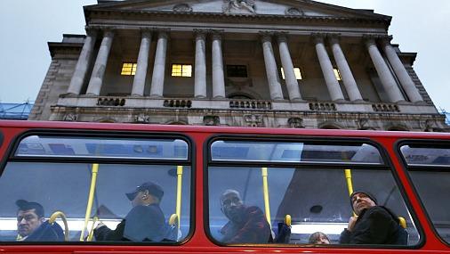 Крупнейшие автобусные компании Великобритании предложили властям ввести бесплатный проезд для безработных жителей...
