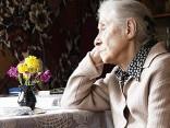 78-летнюю пенсионерку от смерти спасли соседи
