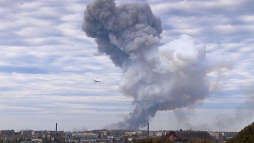В Донецке на химзаводе прогремел мощный взрыв