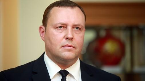 Глава МВД уже выбрал преемника Рейникса