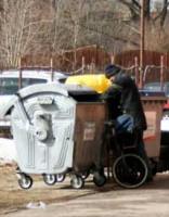 Болдерая: вместо лужайки – горы мусора