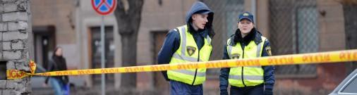 Горькая правда: полицейский и пожарный? Спасай себя сам