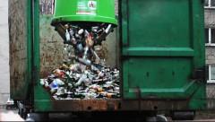 Rīgas namu pārvaldnieks вынуждает рижан переплачивать за вывоз мусора