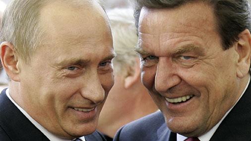Экс-канцлер Германии не понимает страхов Балтии и Польши перед Москвой