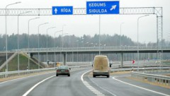 Литва не хочет, чтобы ее дороги были похожи на латвийские