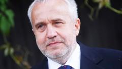 De Facto: семья Шкеле связана с сектором «быстрых кредитов»