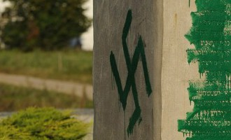 РФ чаще всего фиксирует осквернения могил советских солдат в Балтии