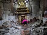 Удар по Непалу назвали началом катастроф