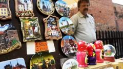 Сокращение численности российских туристов - удар по сувенирному бизнесу