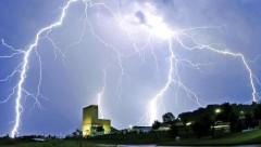 На Крите молния попала в группу туристов: 19 пострадавших