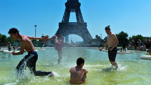 Европа сообщает о волне атипичной жары: установлены новые рекорды