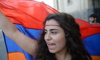 Протестующие в Ереване выдвинули властям ультиматум
