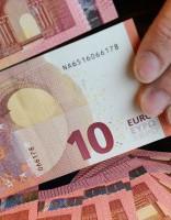Правительство готово поднять «минималку» на 10 евро