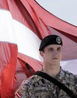 Латвия думает о всеобщей мобилизации