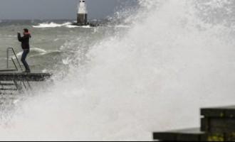 В Латвии объявлено штормовое предупреждение: приближается циклон «Нил»
