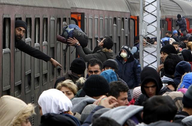 Около 55 тыс. беженцев изСирии скопились утурецкой границы