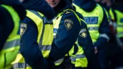 Полицейских все чаще толкают на суицид долги по кредитам
