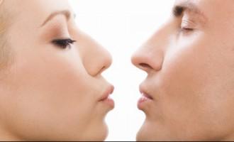 14 февраля в маршрутках Риги можно будет рассчитаться поцелуем; геям придется платить