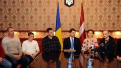 Посольство Украины благодарит Латвию за помощь в лечении раненых военных