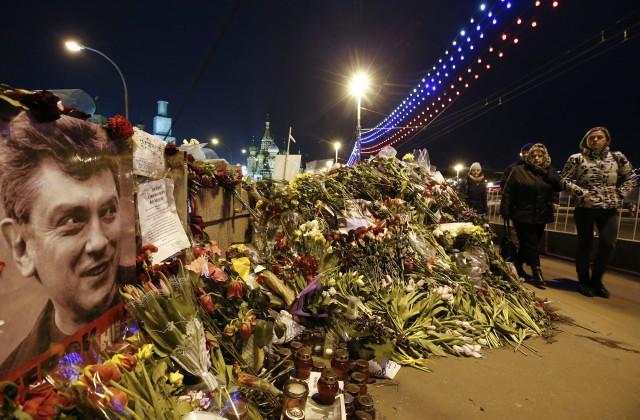 Наакции памяти Немцова задержали двух человек