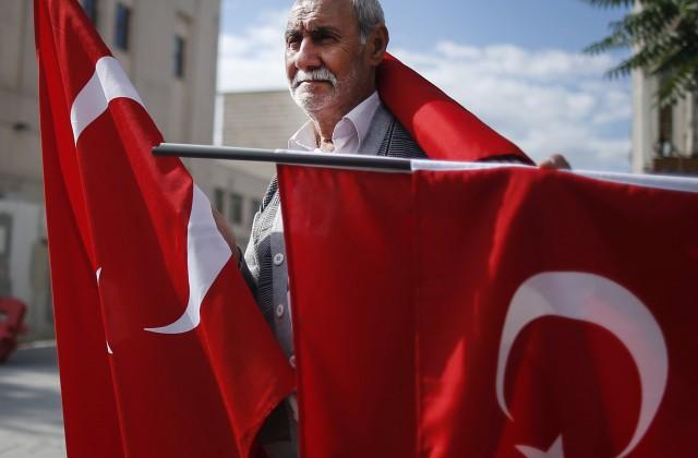 Премьер Турции заявил о готовности пожертвовать безвизовым режимом с ЕС