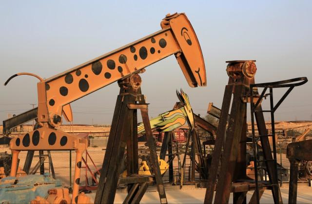Цены нанефть продолжают падать нафоне итогов референдума в Англии