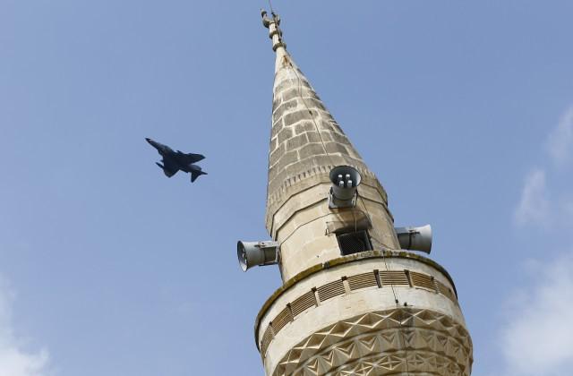 ВВС США остановили авиаудары поИГ из-за закрытия воздушного пространства Турции