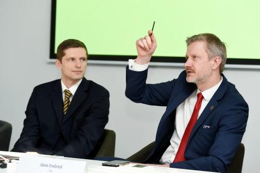 Глава Латвийской ассоциации рискового капитала Эдгарс Пигознис (слева) и глава Латвийской торгово-промышленной палаты Янис Эндзиньш знают, чего хочет бизнес