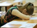 ЦСУ: число выпускников средних школ сократилось почти на семь тысяч