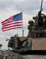 Россию в Балтии убедит лишь «пяток дивизий из новобранцев США»