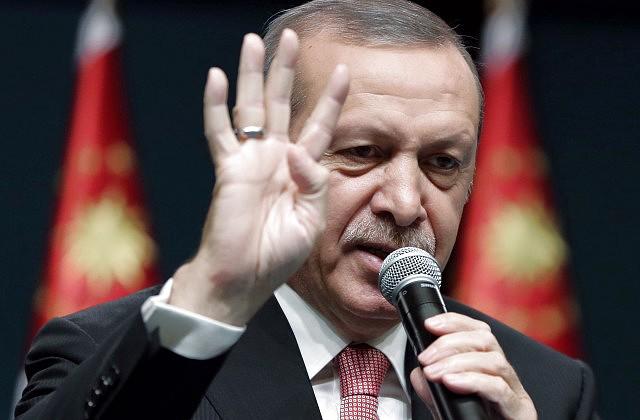 «Доктор» Эрдоган уверил, что больная Турция идет напоправку