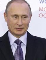 Главу МОК обозвали пуделем Путина