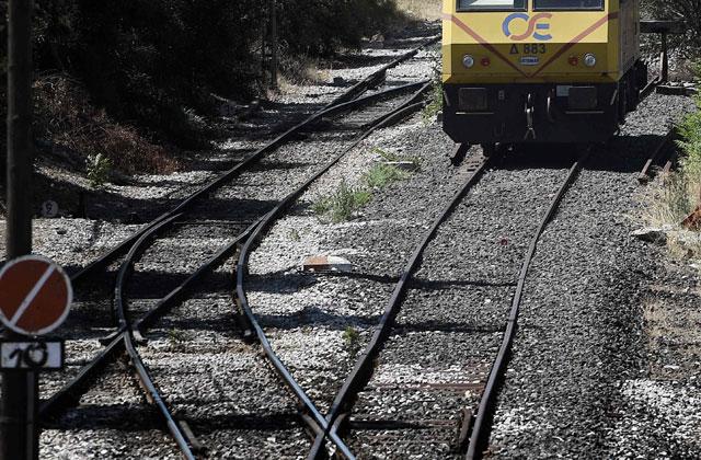 ВСочи работники РЖД спасли ребенка из-под колес поезда