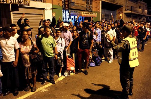 Венесуэла иКолумбия открывают границу