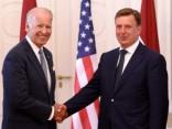 Премьер: визит Байдена устраняет опасения в связи со словами Трампа о странах Балтии