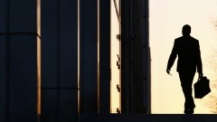 «Должник, нахлебник и вымогатель». Бизнесмен описал современного латвийского чиновника