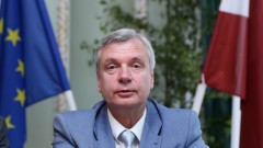 Рижская дума намерена обратиться в суд против реформы Шадурскиса