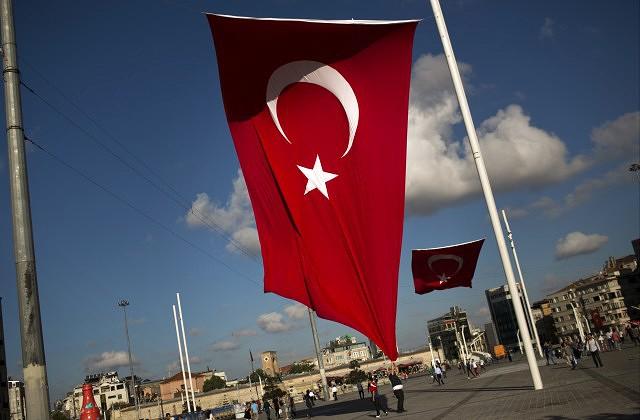 Турки разочарованы двойными стандартами вЕС