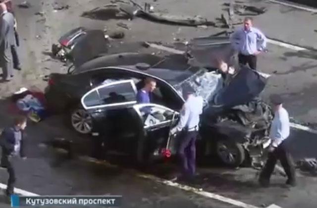 В столицеРФ влобовом столкновении умер шофёр Владимира Путина